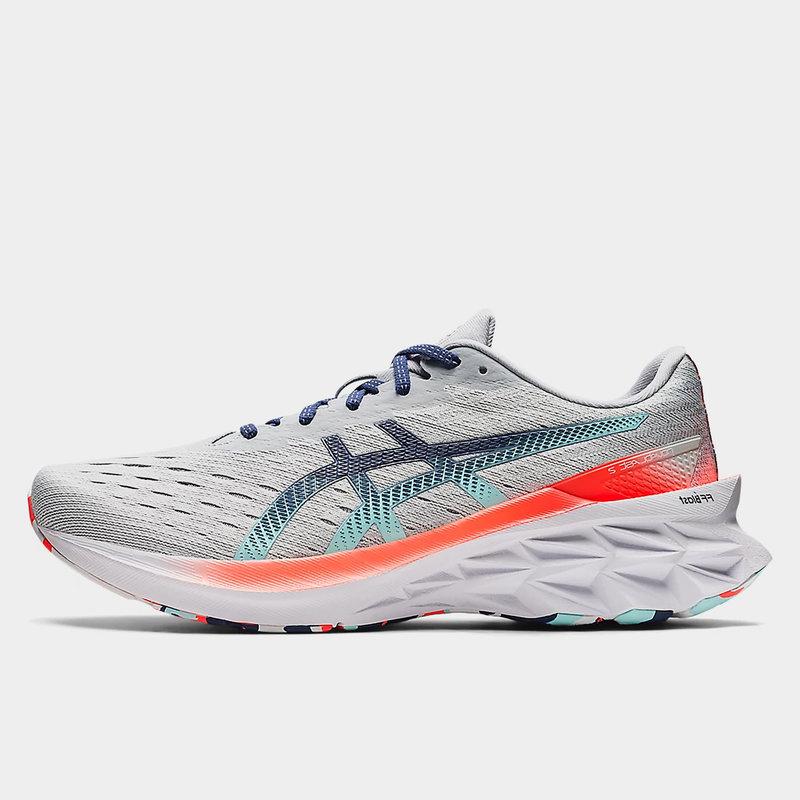 Novablast 2 Mens Running Shoes